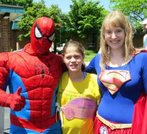 Spiderman and Super Girl to the Rescue